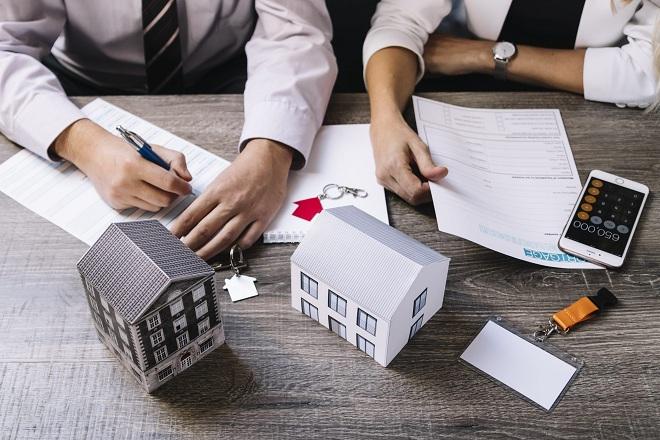 Ngân hàng Standard Chartered Bank có mức lãi suất riêng dành cho khách hàng vay tín chấp hoặc thế chấp.